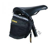 Подседельная сумочка с одним  расширяющимся отделением. Легкая застежка. Цвет черный